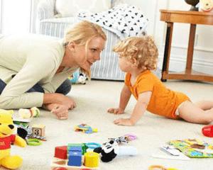 بازی کودکان در خانه